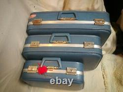 3 Pc Vintage BLUE NESTING LUGGAGE SET Suitcase mid century carry on, hard case