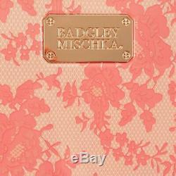 BADGLEY MISCHKA Essence 3 Piece Hard Spinner Luggage Set (Pink Lace)