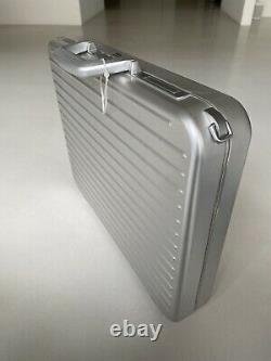 Rimowa Topas Attache Business Aktenkoffer Aluminium Neu Full Set mit Fehlern