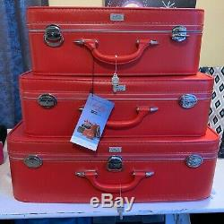 Set of 3 Matching Vintage Amelia Earhart Red Luggage Set WithKeys Red NEW Nesting
