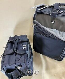 TravelPro Flight Crew 5 Black Carry On Set 21 Rollaboard Suitcase & Flight Tote