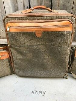 Vintage 3 Piece Set of Hartmann Tweed Luggage Leather Accents Suite Case Carry