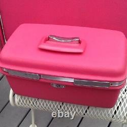 Vintage Bright Pink Samsonite Luggage suitcase Set 4 Pc. Train case Travel Tote