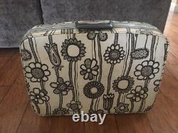 Vintage Samsonite Fashionaire Luggage Set White & Black Flowers 4 pieces