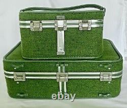 Vintage Skyway Tweed Luggage Set of Two Avocado Green