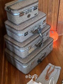 Vtg Tweed Amelia Earhart Luggage Suitcase Set Lg & Medium & Small 3 Pc Set Nests