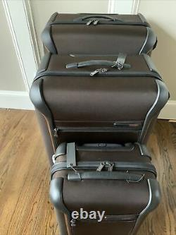 3 Piece New Tumi Luggage Set In Brown (pdsf 2 385 $)