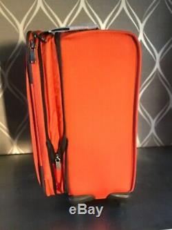 Brand New Tumi 2 Piece Luggage Set & Sac À Dos Pdsf $ 1,040