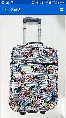 Ensemble De Sacs De Voyage Jessica Simpson Pineapple Luggage
