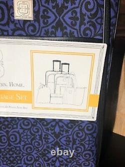 Nouveau Moderne. Au Sud. Chez Moi. Ellis Blue & Black 5pc Ss Set Scroll Damask Luggage