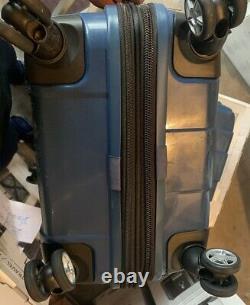 Ricardo Beverly Hills Hardside Spinner Set 2 Pièces Carillon, Bleu. D'une Largeur N'excédant Pas 10 MM