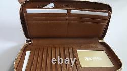 T.n.-o. Michael Kors Jet Set Item Ew Tz Tote&wallet Setluggage/goldso Classic