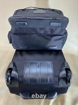 Travelpro Equipage De Vol 5 Black Carry On Set 21 Valise De Rollaboard & Tote De Vol