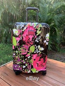 Tumi Collage Floral Luggage Set V4 Voyage Prolongé Et Carry On Internationale