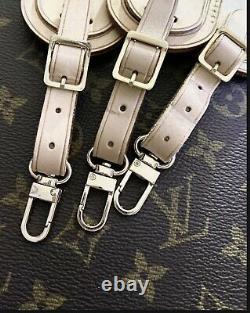 Verrouillage Et Jeu De Clés De L'étiquette De Bagages Louis Vuitton