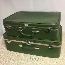 Vintage 60s Amelia Earhart Set 2 Valises Avocado Green Bagage